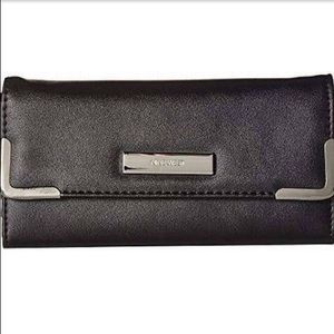 Nine West Black Around the Clock Wallet